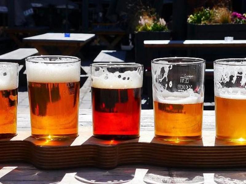 Celebra el mundo el día de la cerveza