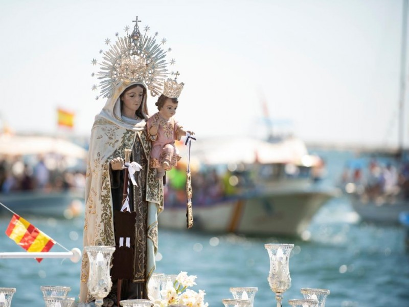 Celebran católicos a la Virgen del Carmen, patrona del mar
