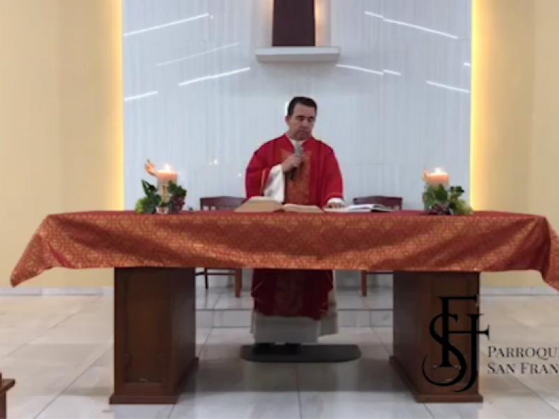 Celebran católicos, domingo de Pentecostés