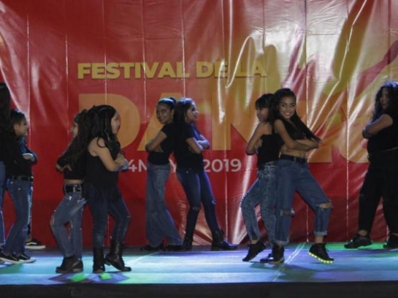 Celebran día de la danza con festival