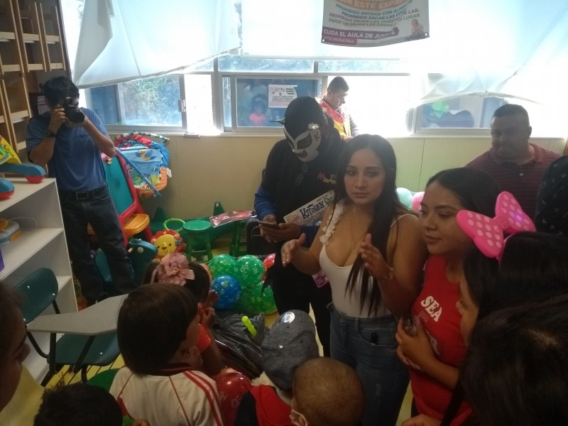 Hospital de Zoquipan celebra día del niño