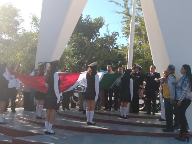 Celebran en Guaymas Día de la Bandera