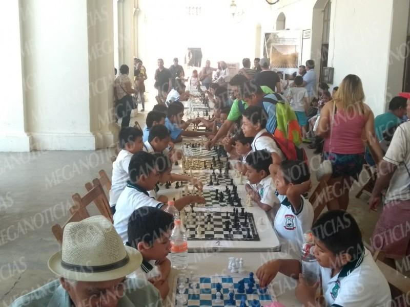 Celebran Encuentro Infantil de Ajedrez en Tehuantepec