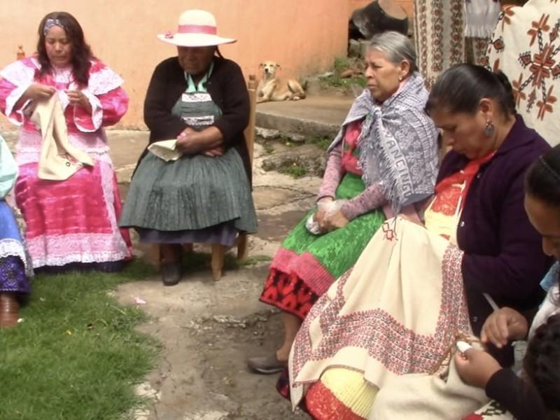Celebran folclor a través de artesanías mexiquenses