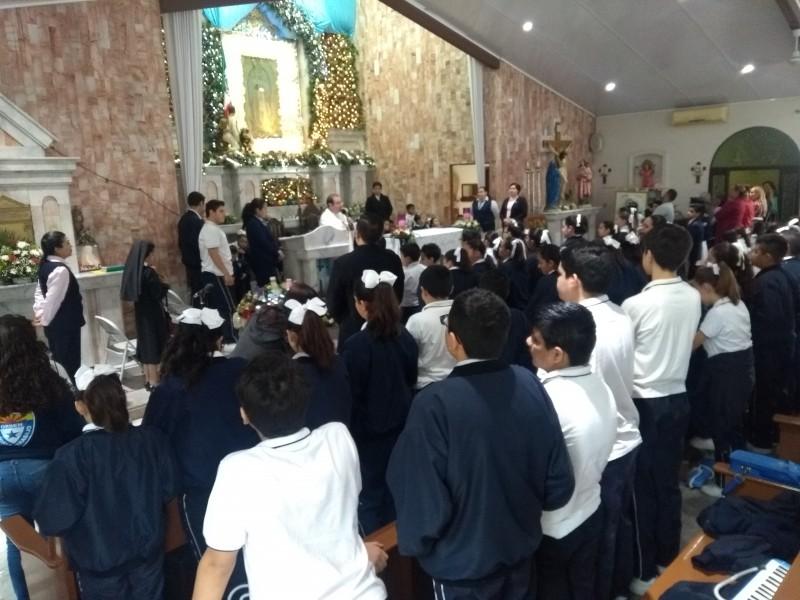 Celebran niños a la Virgen de Guadalupe
