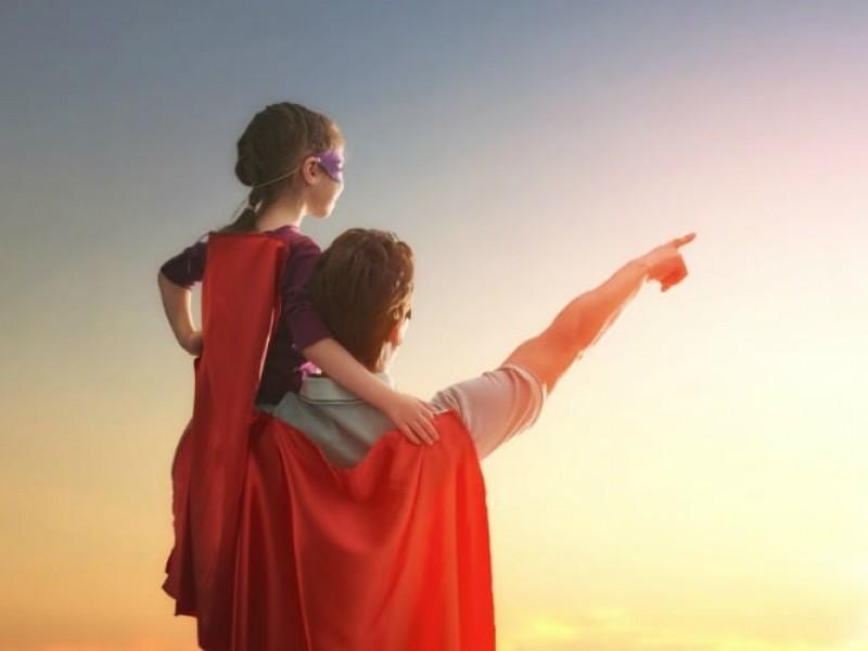 Celebran padres su día
