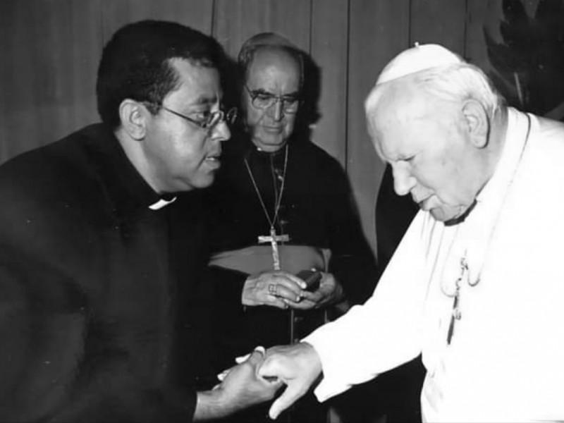 Cenizas del padre Víctor Díaz serán trasladadas a la catedral