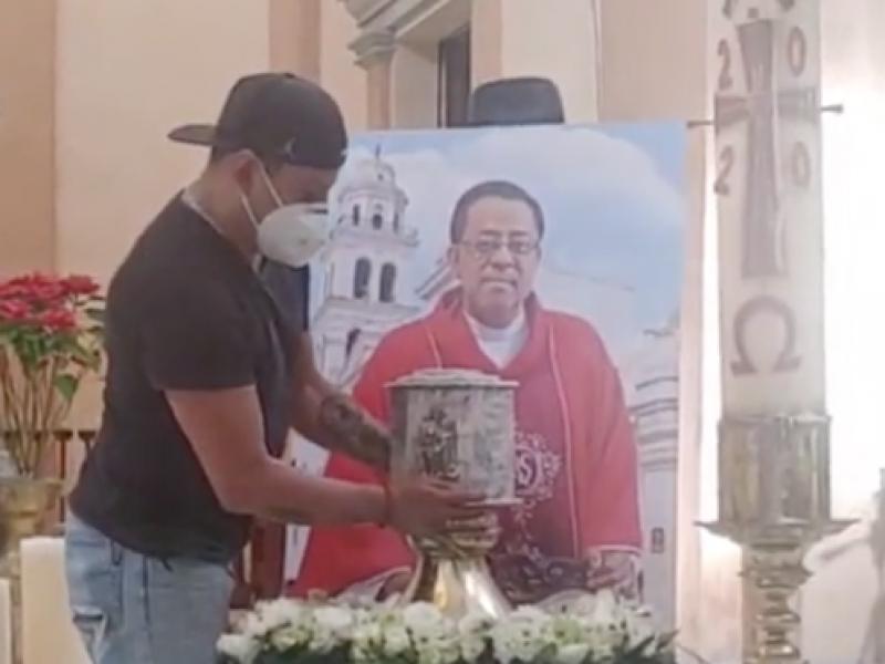 Cenizas del padre Víctor están en la catedral de Veracruz