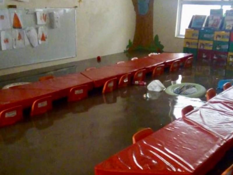 Centros educativos afectados por lluvias