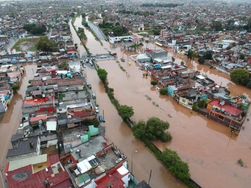 Cerca de 20 colonias inundadas en Morelia