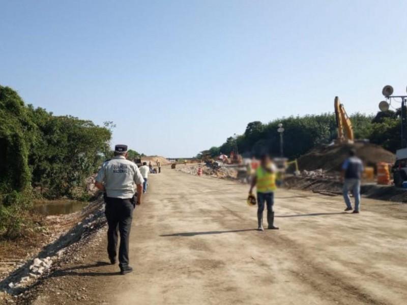Cerrada carretera Las Choapas-Raudales por reconstrucción