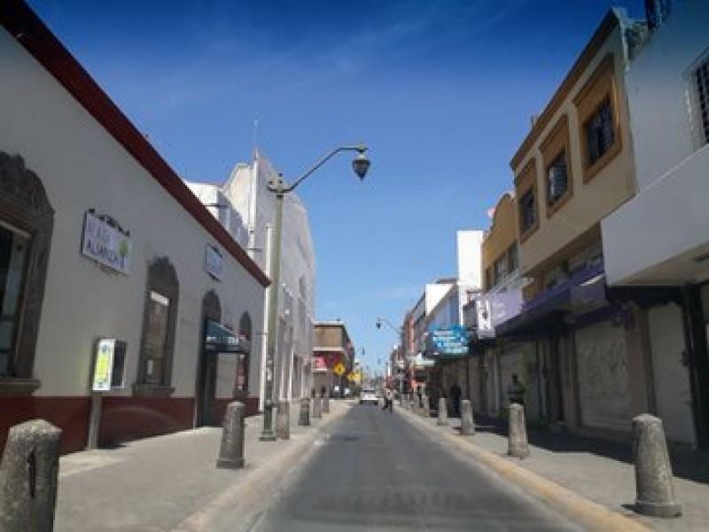 Cerrados 90% de comercios no esenciales en centro de Tepic