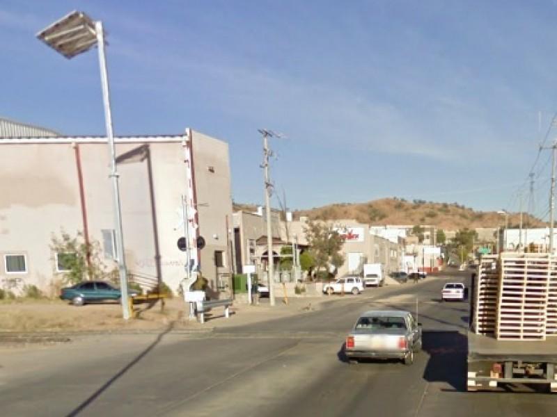 Cerrarán calle en crucero de Colinas del Yaqui por reparación