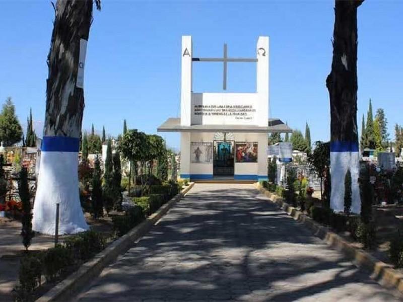 Cerrarán panteones públicos y privados en Cuautlancingo