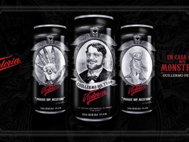 Cervecera mexicana rinde homenaje a Guillermo del Toro