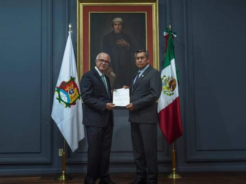 Cesan a primer funcionario del gabinete de Navarro Quintero