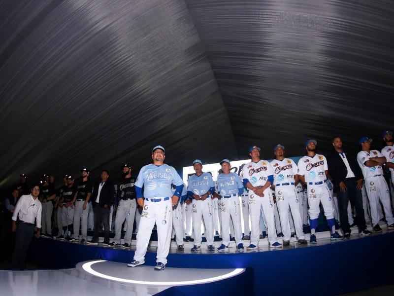 Charros presentó roster y nuevos uniformes