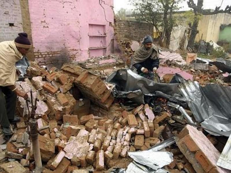 Chatarrero manipula granada y causa explosión; Mueren 5 personas