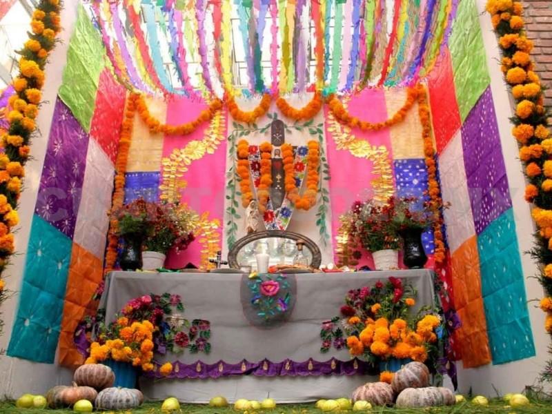 Chiapanecos no dejarán de venerar a difuntos colocando tradicional altar