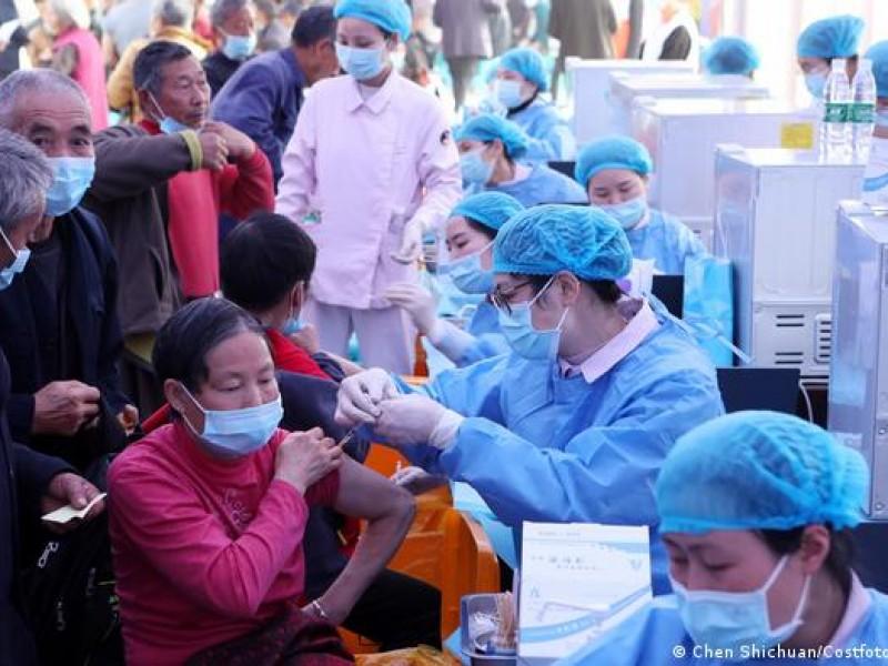 China prevé vacunar a menores de 3 a 17 años