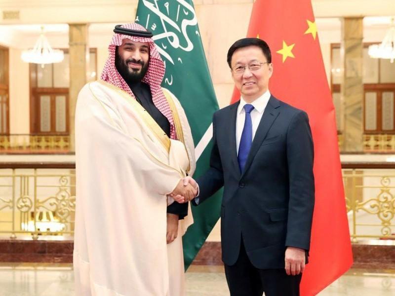 China y Arabia Saudita firman acuerdos millonarios