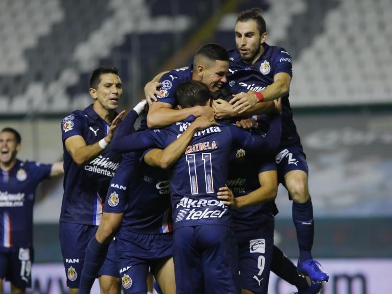 Chivas termina con invicto de dos años del Club León
