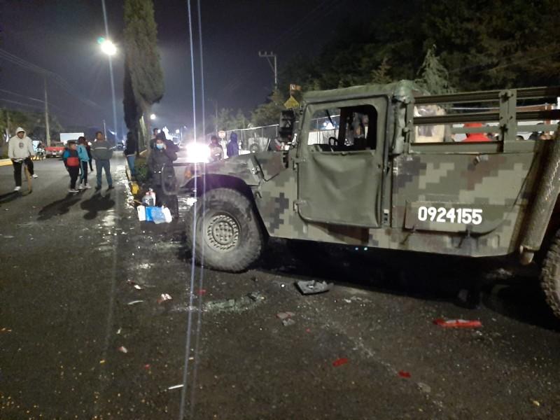 Choca vehículo del Ejército Mexicano en Esperanza; muere niña