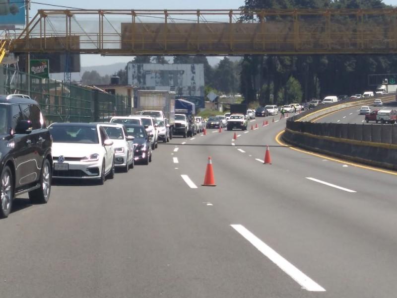 Choque complica circulación en autopista México-Cuernavaca