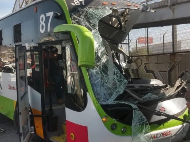 Choque de Mexibús en Ecatepec deja 22 heridos