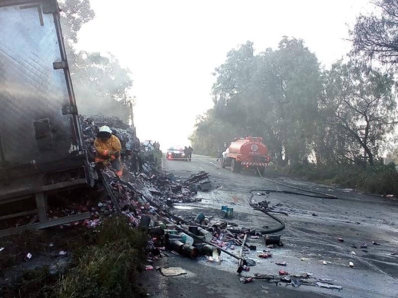 Choque deja dos muertos en la carretera Texcoco-Lechería