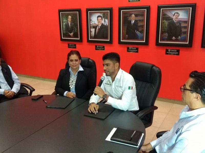 Churintzio y UNIVA firman convenio de colaboración educativa