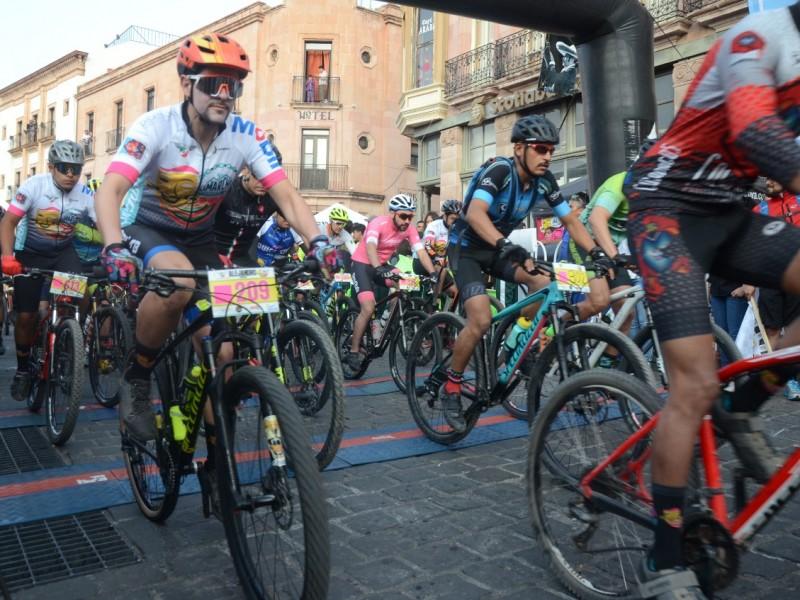 Ciclistas nacionales se reúnen en la capital