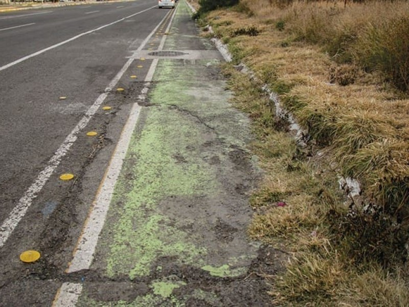 Ciclistas olvidados por la autoridad en Querétaro