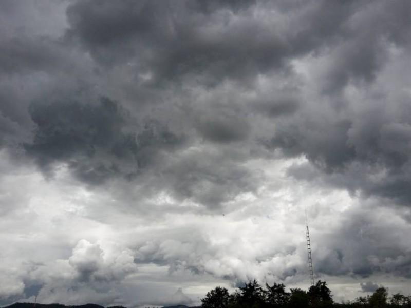 Cielo nublado y despejado para Sonora