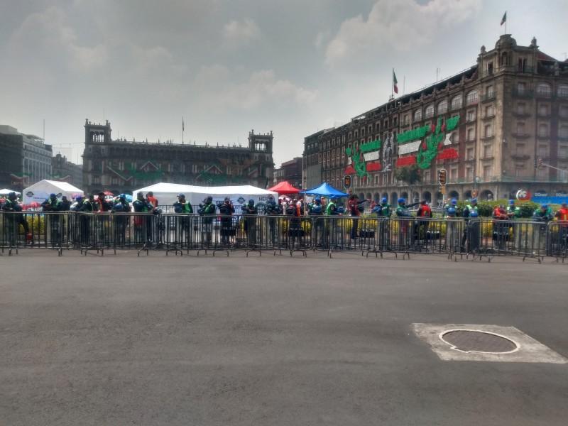 Cientos de policías en el Zócalo de la CDMX