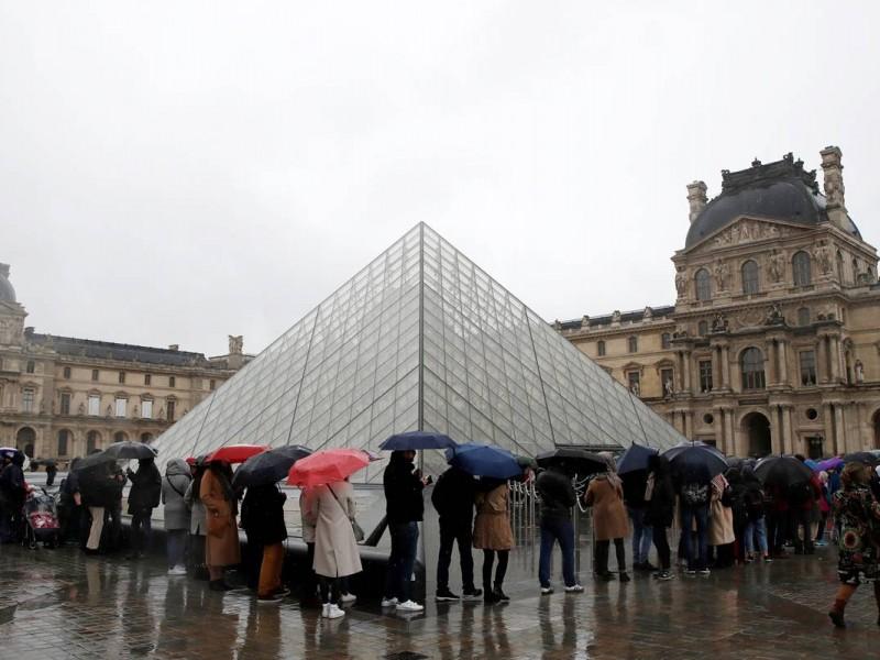 Cierra Museo de Louvre por coronavirus