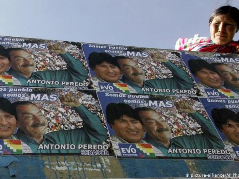 Cierran mesas de votación en Bolivia