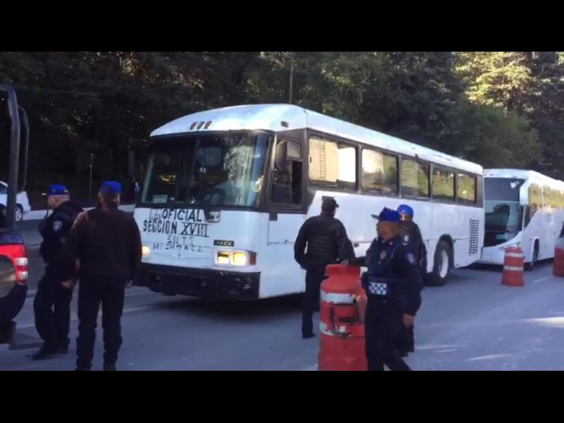 Cierran paso a caravana CNTE Michoacán en CDMX