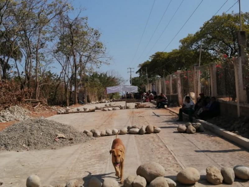 Pepenadores bloquean basurero municipal en Tapachula