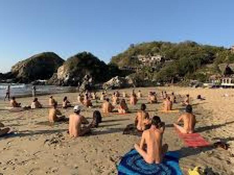Cierran playa nudista en Zipolite en Oaxaca