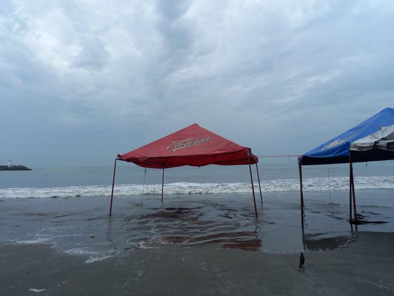 Cierran playas de Veracruz