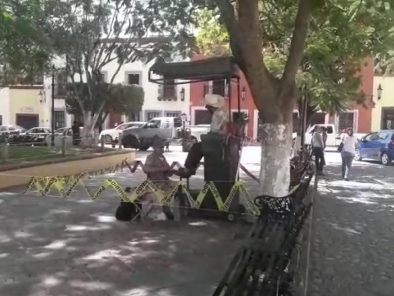 Cierran plazas públicas y áreas deportivas en Jalpan por Covid-19