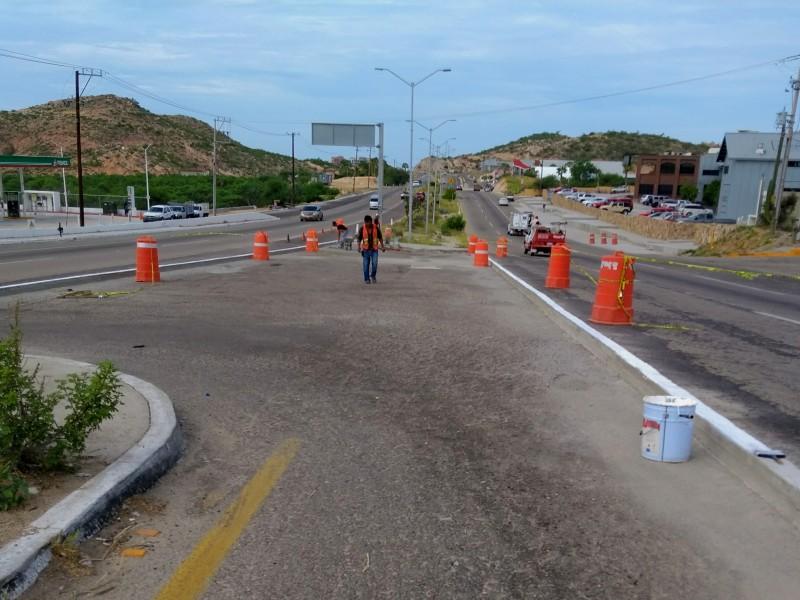 Cierran retorno frente a gasolineras de cerro colorado