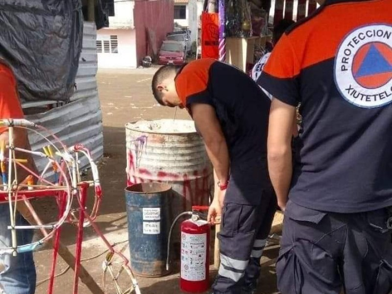 Cierran talleres de pirotecnia tras explosión en Xiutetelco
