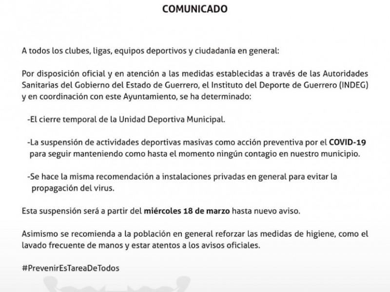 Cierran Unidad Deportiva de Zihuatanejo para evitar aglomeración de personas
