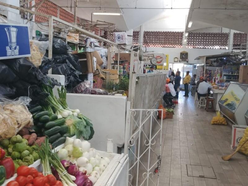 Cierre del centro afectó venta en Mercado Independencia