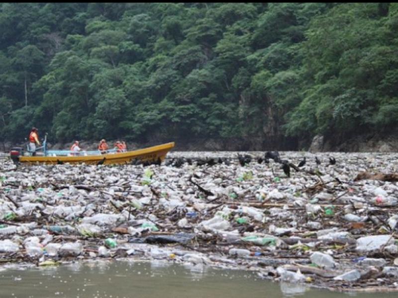 Cinco mil metros cúbicos de basura tiran Cañón