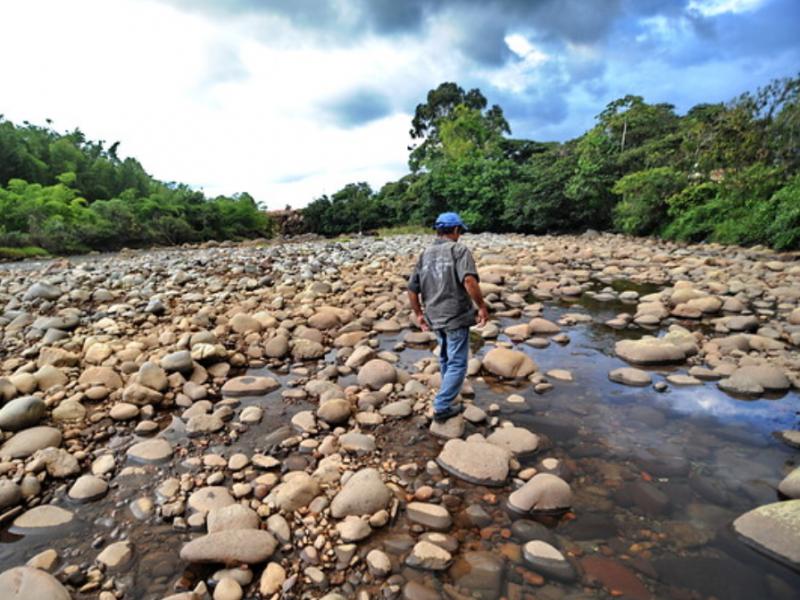 Cinco ríos por debajo de sus niveles: CAEV