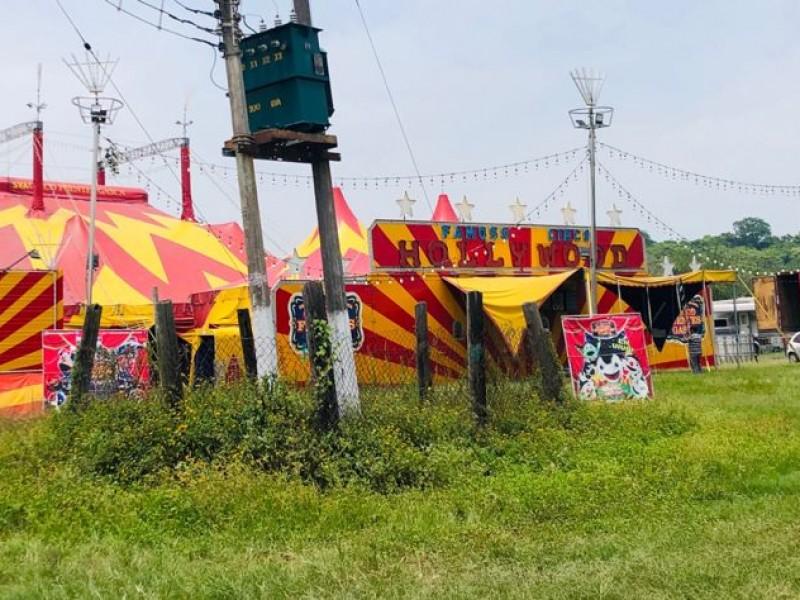 Circos se adaptan para retomar sus giras en Tuxpan