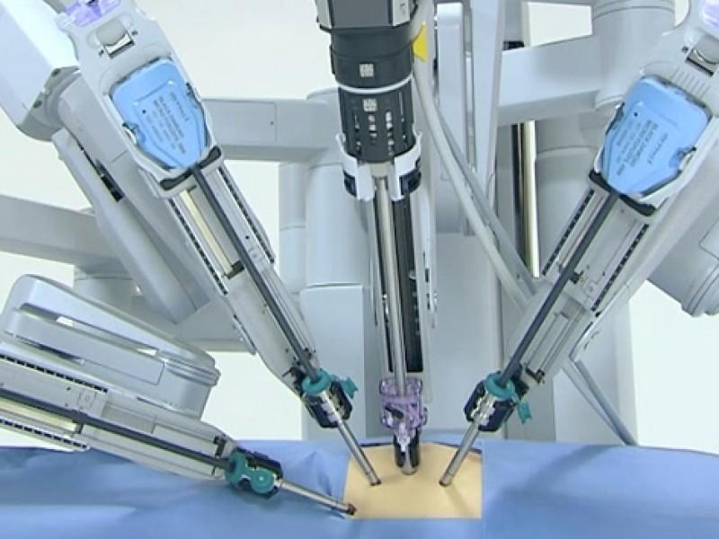 Cirugía robótica, técnica eficiente en operaciones riesgosas